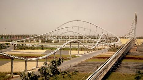 Zábavní park Ferrari World v Abú Dhábí | © calflier001
